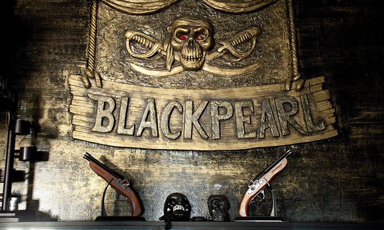 Black Pearl Bar